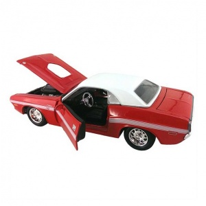 1:24 Maisto Dodge Challenger Coupe 1970 Model Araba