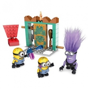 Mega Bloks Minions Oyun Seti (Lair Break-In)