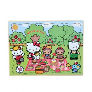 Hello Kitty Gezide Ahşap Puzzle