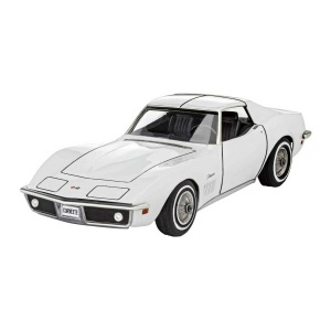 Revell 1:32 Corvette C3 Model Set Araba