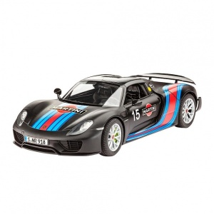 Revell 1:24 Porsche 918 Weissach Model Set Araba