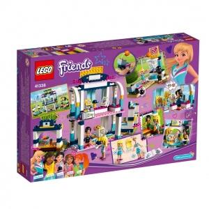 LEGO Friends Stephanie'nin Spor Sahası 41338