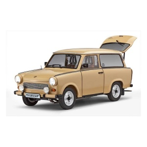 Revell 1:24 Trabant 601 Model Set Araba
