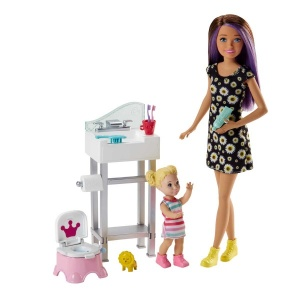 Barbie Bebek Bakıcılığı Oyun Seti FHY97