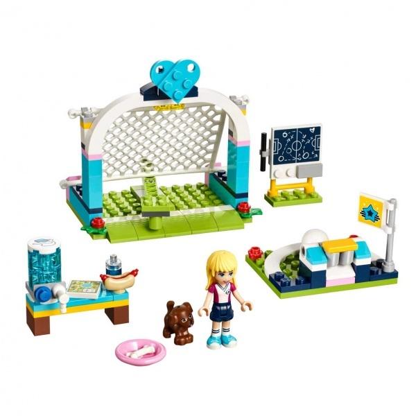 LEGO Friends  Stephanie'nin Futbol Antrenmanı 41330