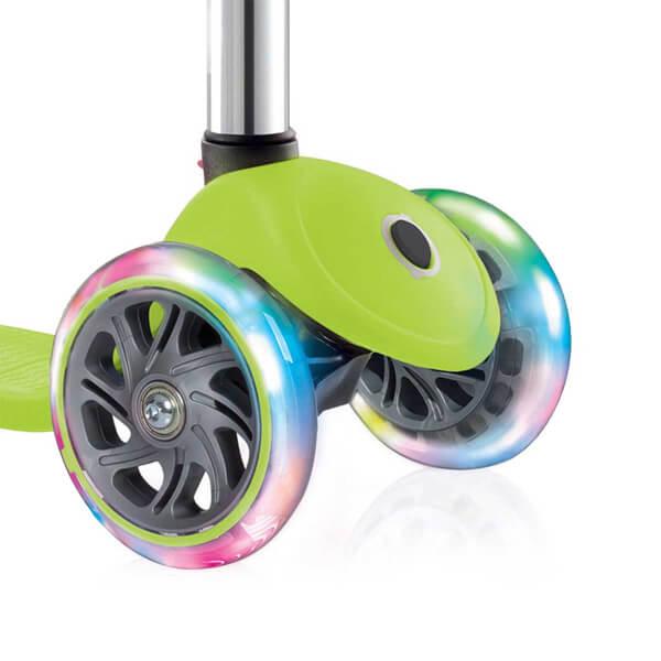 Primo Plus Işıklı 3 Tekerlekli Yeşil Scooter