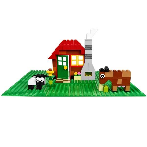 LEGO Classic Yeşil Zemin 10700