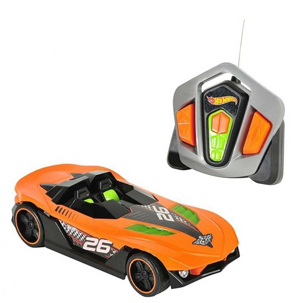 Hot Wheels Uzaktan Kumandalı Nitro Charger Araba