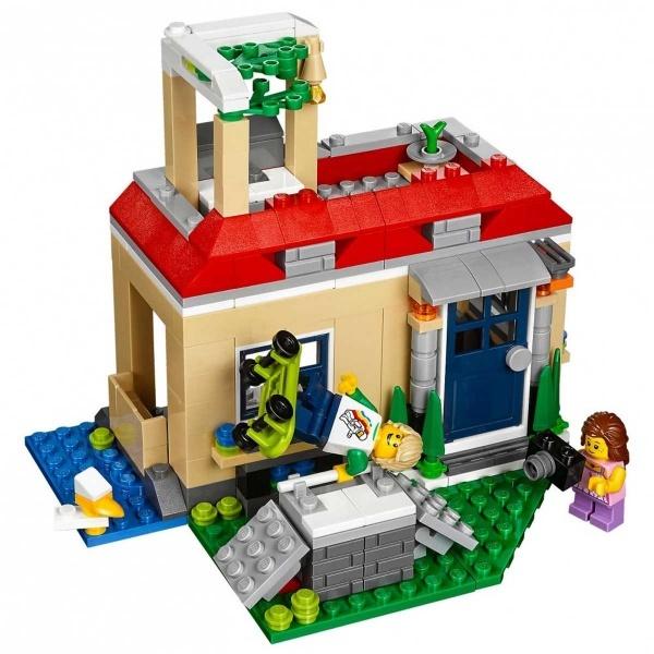 LEGO Creator Havuz Başı Tatili 31067