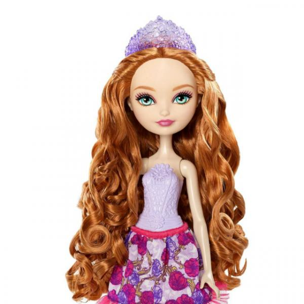 Ever After High Muhteşem Saçlı  Holly Oyun Seti