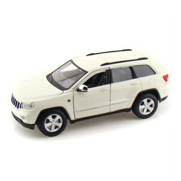 1:24 Maisto Jeep Grand Cherokee 2011 Model Araba