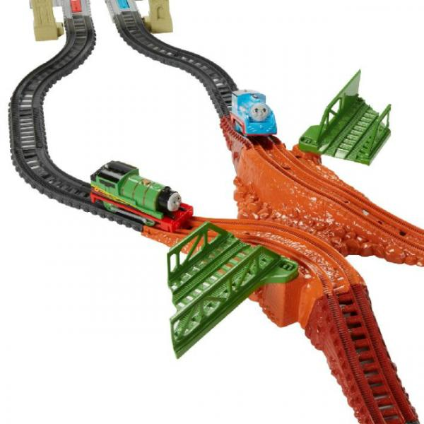 Fisher Price Thomas ve Percy Tren Yolu Yarış Seti