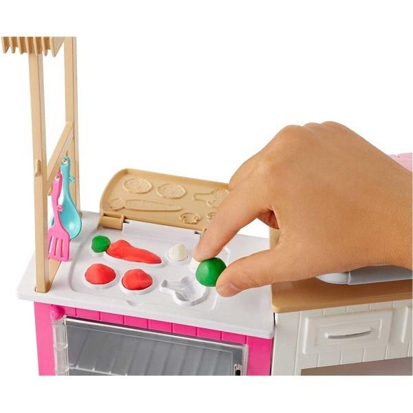 Barbie'nin Mutfak Dünyası Oyun Seti FRH73